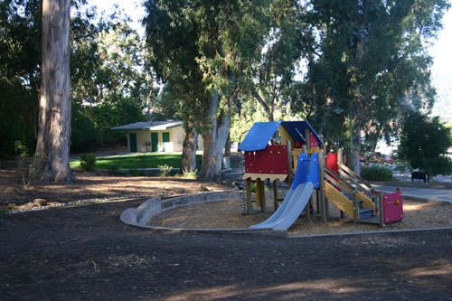 indian-springs_playground.jpg